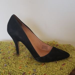 Madewell black pointed toe heels size 6.5